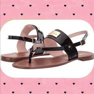 ♠️NIB Kate Spade 6.5 black patent thong sandals♠️